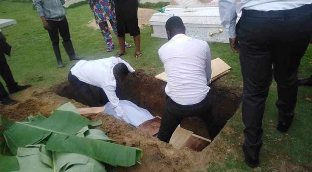Tunde Braimoh's Body Laid To Rest