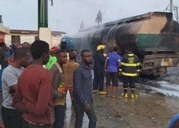 BREAKING: Tanker explosion rocks filling station in Ogba, Lagos 2