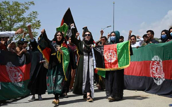 Afghan protests spread to Kabul in early challenge to Taliban