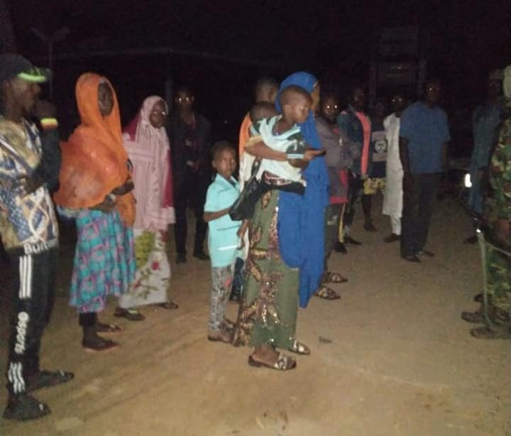 Troops rescue 15 abducted commuters in Kaduna