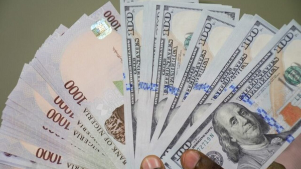 Naira plunges further, hits N550/$1 in parallel market