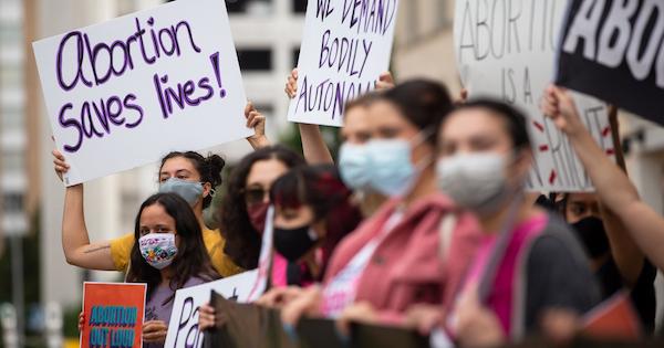 Texas bans abortion after 6 weeks